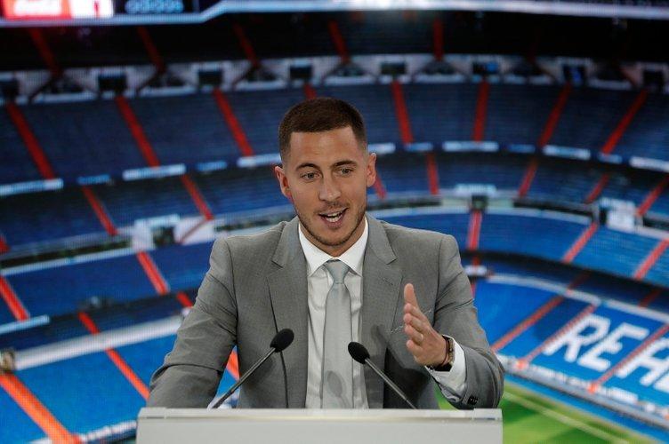 Eden Hazard'ın imza törenine damga vuran anlar! Real Madrid taraftarı o yıldızı istedi