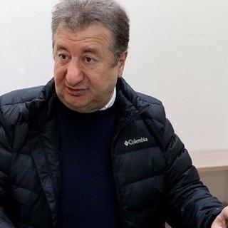 Sabahattin Önkibar'a saldıranlar gözaltına alındı
