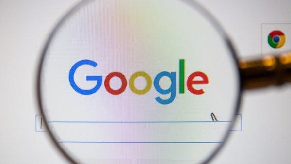 Google aramalarına yorum özelliği geldi