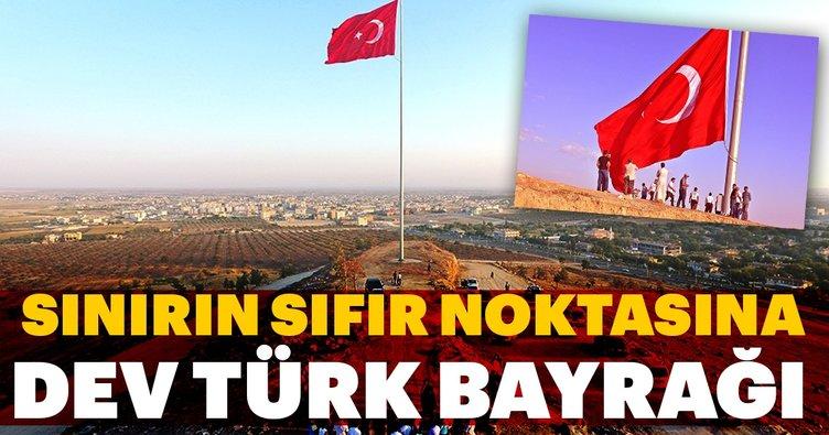 Sınırın sıfır noktasına dev Türk Bayrağı