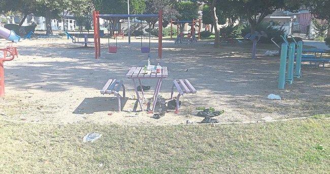 Çocuk parkında çilingir sofrası