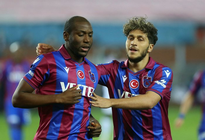 Trabzonspor'da Asamoah operasyonu! Galatasaray uzun süre uğraşmıştı... 13