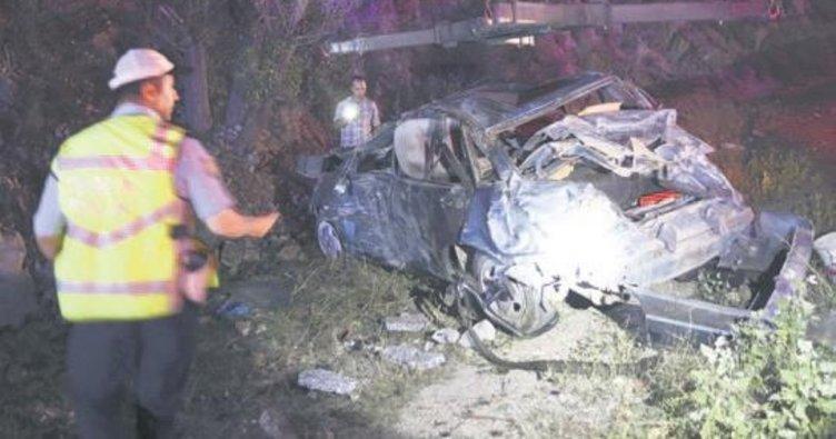 Başkentte zincirleme kaza: 3 ölü, 4 yaralı