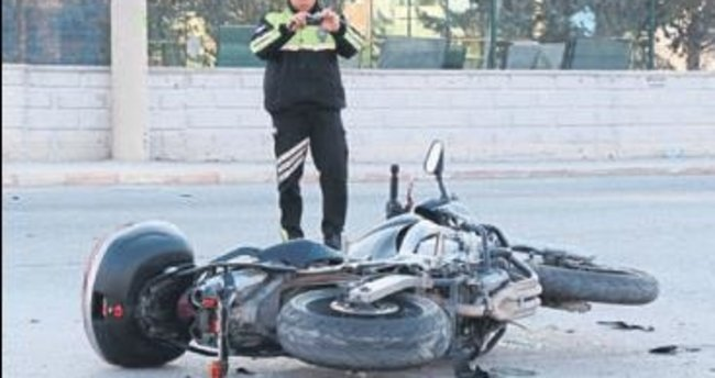 Banka müdürü kazada yaralandı