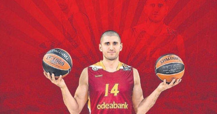Orhan Hacıyeva Gaziantep'e imzayı attı