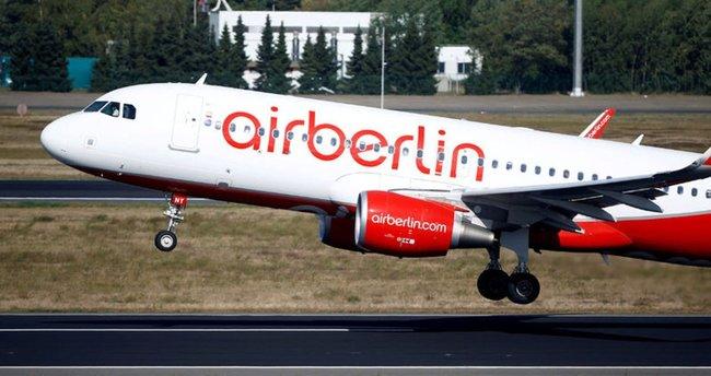 Almanya-Abdu Dabi seferi yapan uçak Erzurum'a acil iniş yaptı