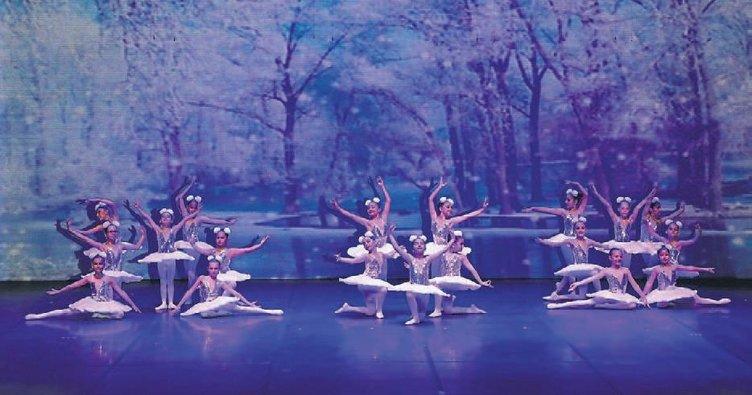 Geleceğin balerinleri dev gösteri ile büyüledi