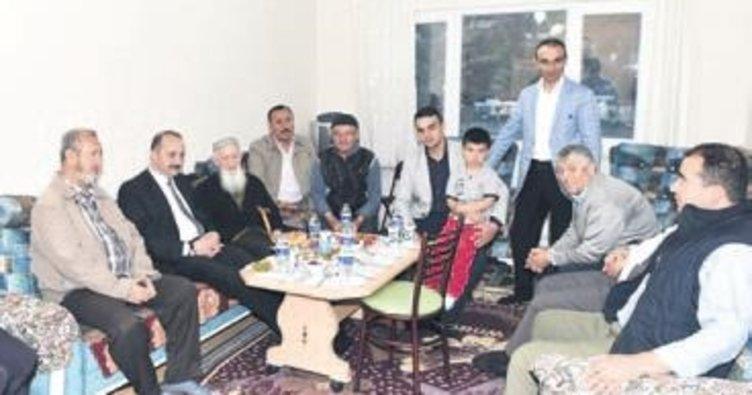 Akgül, Murat dede ve Şemsi ninenin iftar konuğu oldu