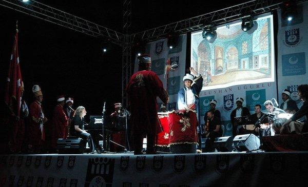Tuluyhan Uğurlu'nun Karaman konseri