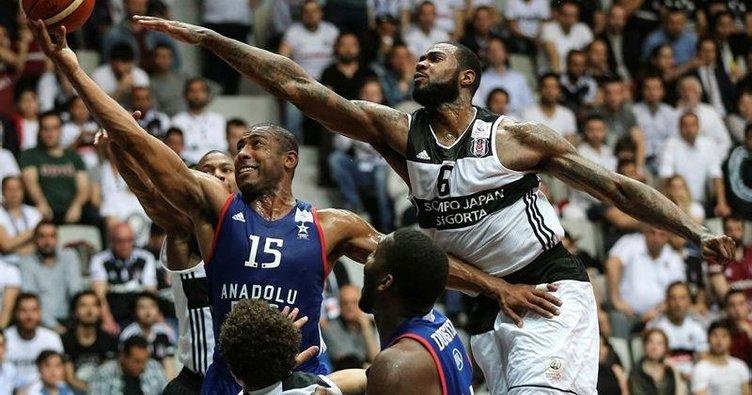 Beşiktaş Anadolu Efes'e fark attı