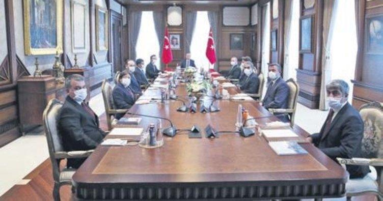 Başkan Erdoğan, AA'nın 100'üncü yılını tebrik etti