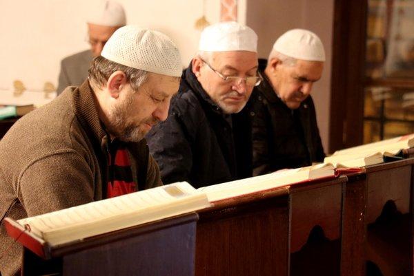 Camilerde Barış Pınarı Harekatı için Fetih Suresi okundu