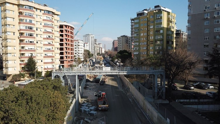 İstanbul'un banliyö hatlarında yeni peronlar ortaya çıkmaya başladı