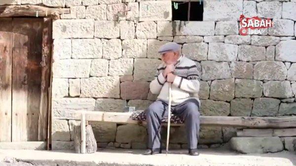 Bayburt'ta yaşlı adamın duygulandıran Türk bayrağı hassasiyeti | Video