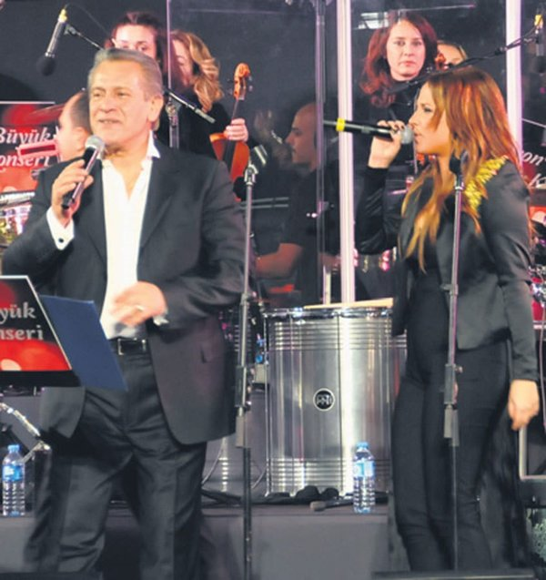 Baba-Kız aynı sahnede