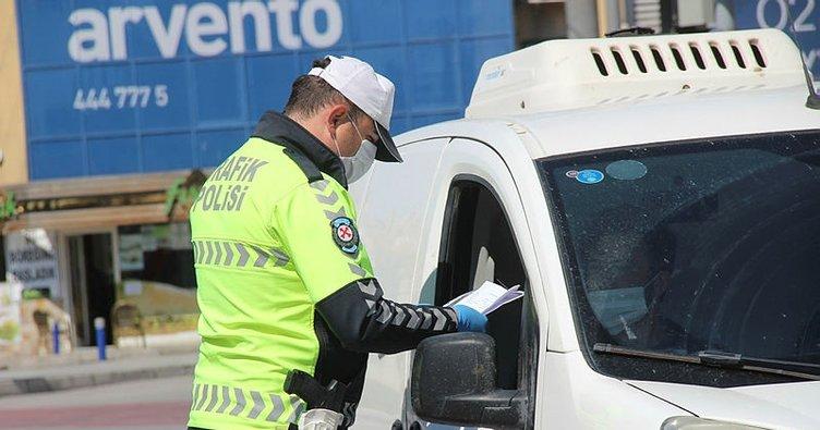 İzmir'de kısıtlamanın ikinci gününde 863 kişiye ceza kesildi