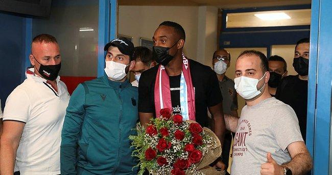 Trabzonspor'un yeni transferi Koita Trabzon'a geldi