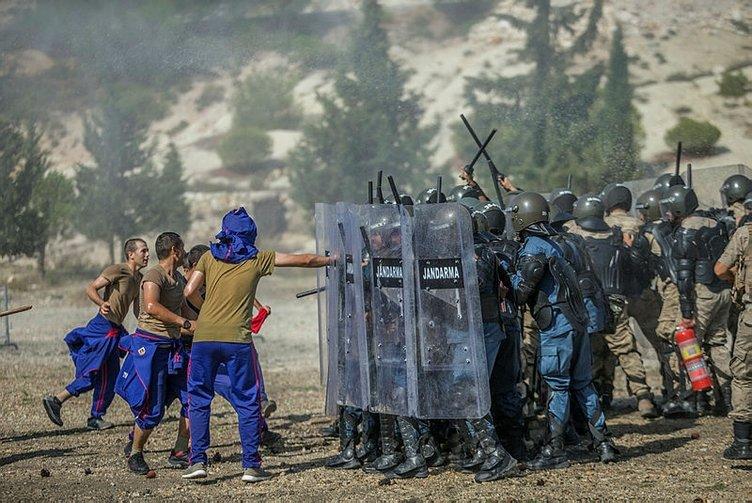 Katar polisini Dünya Kupası'na Türk komandoları hazırlıyor