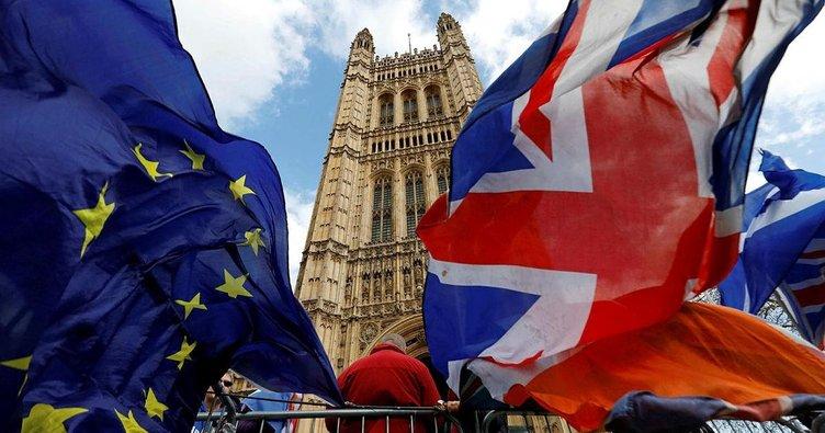 İngiltere Brexit'i erteleyecek