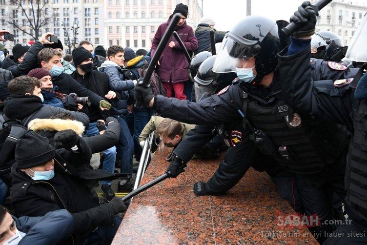 Rusya'dan son dakika görüntüleri! Aleksey Navalny gösterilerinde ortalık karıştı