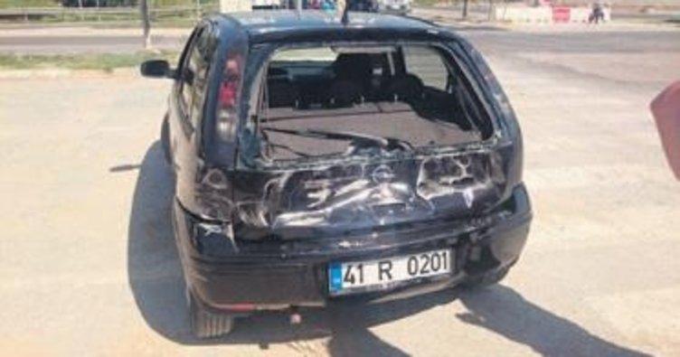 Kazada panikleyen anne bebeğiyle ölüme atladı