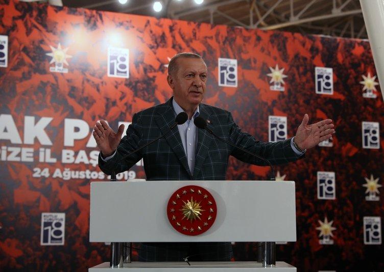 Başkan Erdoğan'a Rize ve Trabzon'da vatandaşlardan yoğun ilgi