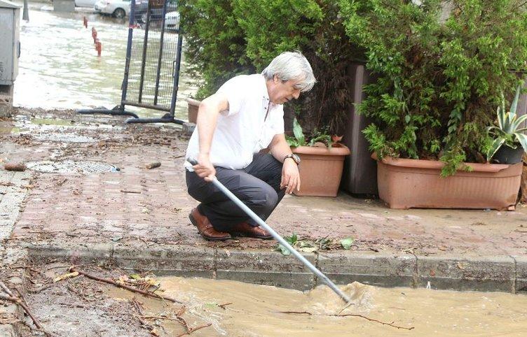 İstanbul'da şiddetli yağış vatandaşlara zor anlar yaşattı