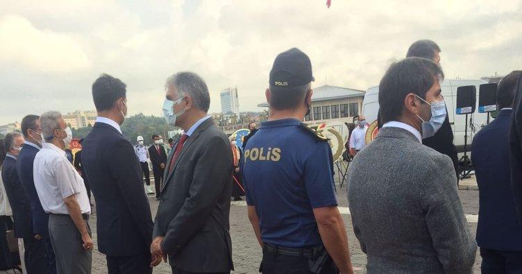 CHP'li başkandan 30 Ağustos Zafer Bayramı töreninde büyük saygısızlık