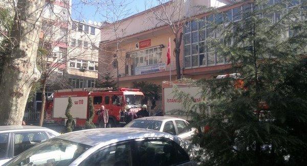 Kadıköy adliyesinde yangın