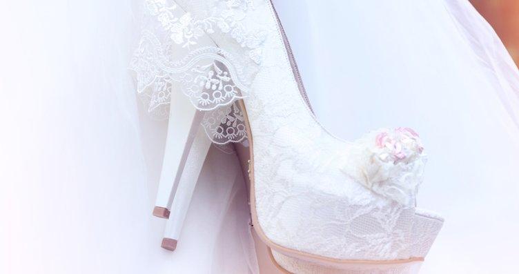 2019'da gelin ayakkabıları çiçekleniyor!