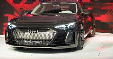 Audi e-tron GT konsepti Los Angeles'ta fırtına estirdi!