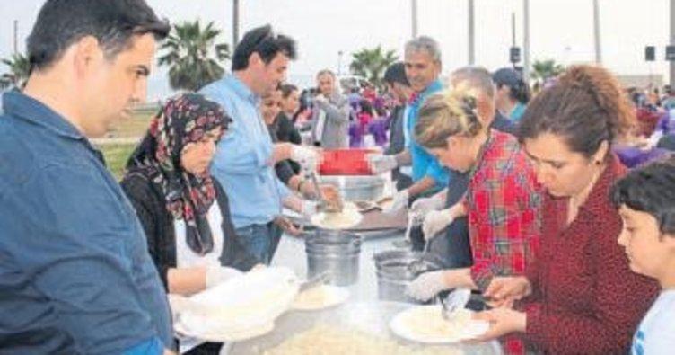 Gazipaşa'da işçiler Başkan ile yarıştı