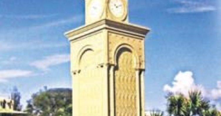 Cumhuriyet Meydanı'na saat kulesi yapılıyor