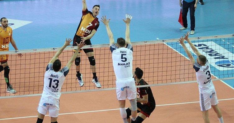 İstanbul BŞB, Galatasaray HDI Sigorta'yı 3-1 mağlup etti