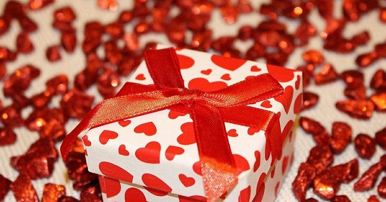 Sevgililer Günü hediyesine ortalama 300 TL harcıyoruz