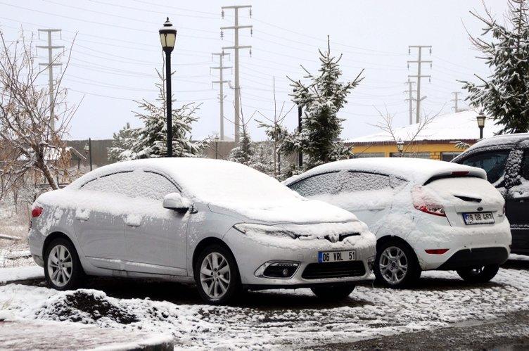 Bitlis'te kar yağışı etkili oldu