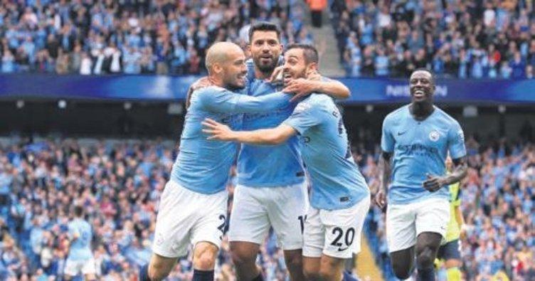Manchester City'den Huddersfield'e 6 gol