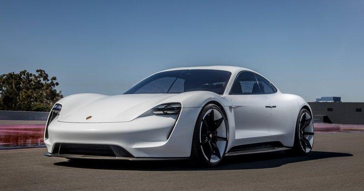 Porsche'nin yeni harikası Türkçe isimle çıkıyor!