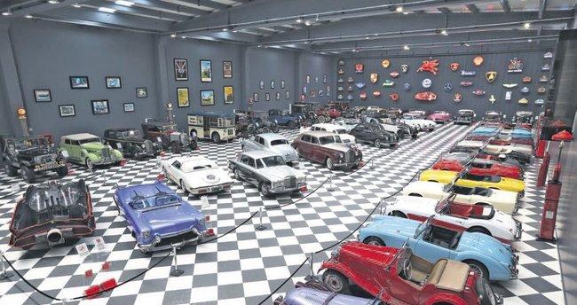 2 milyon €'luk Martı Kanat da Elvis'in arabası da bu müzede