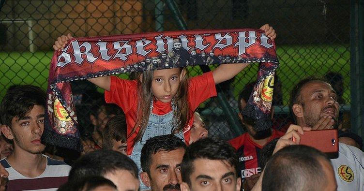 Eskişehirspor yeni transferlerine lisans çıkaramadı!