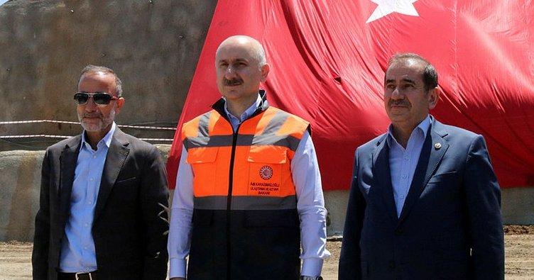 Ulaştırma ve Altyapı Bakanı Karaismailoğlu: Bitlis genelinde çok önemli projelerimiz var