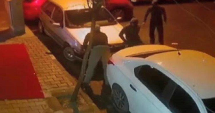 Bağcılar'da otomobil hırsızları kamerada