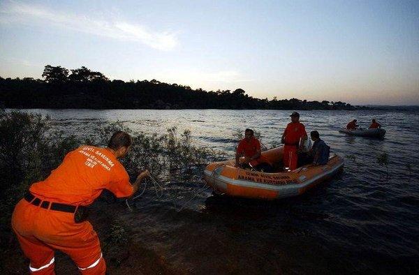 Muğla'da yangın söndürme helikopteri düştü