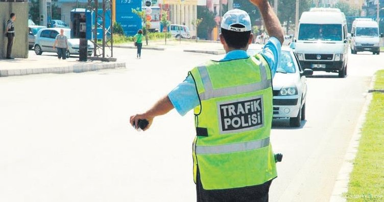 Hafriyat rüşvetçisi polislere 18'er yıl istendi