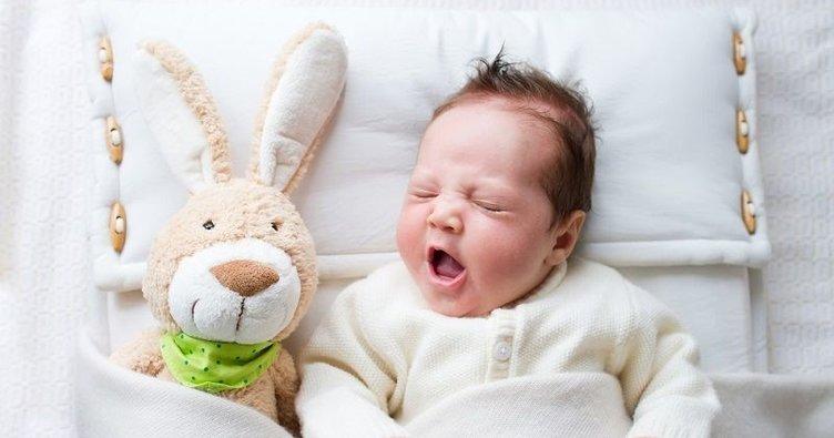 Bebeğinizi kucakta değil beşikte uyutun