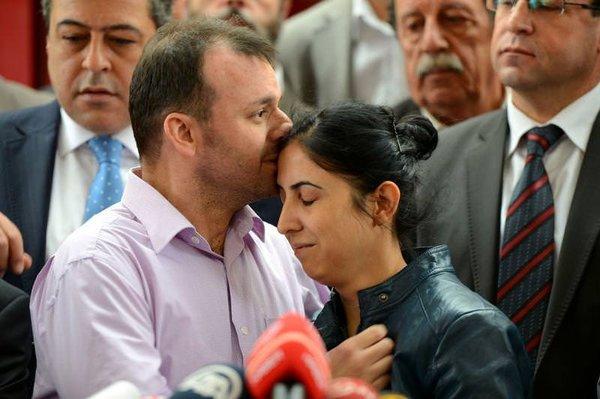 Cüneyt Ünal Türkiye'de