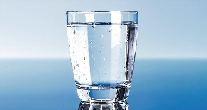 Ofis çalışanları bol bol su içmeli