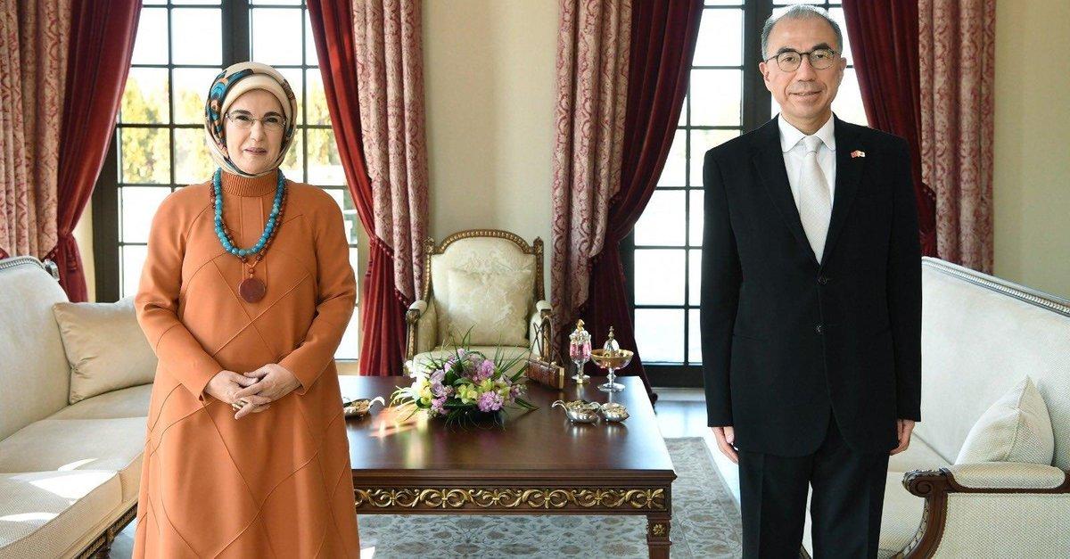 Emine Erdoğan, Japonya'nın Ankara Büyükelçisi Kazuhiro Suzuki ile görüştü