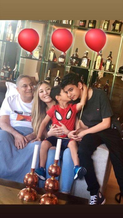 Yasmin Erbil 'baban hastayken geziyorsun' eleştirilerine ilginç cevap