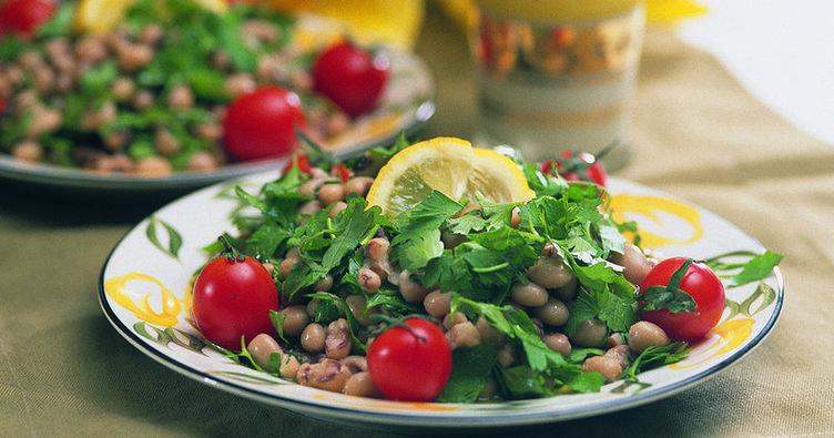Börülce salatası tarifi...Börülce salatası nasıl yapılır?